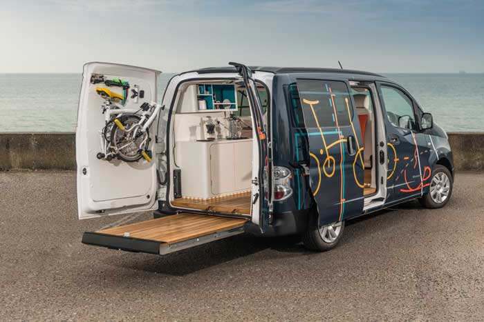 Nissan's e-NV200 WORKSPACe