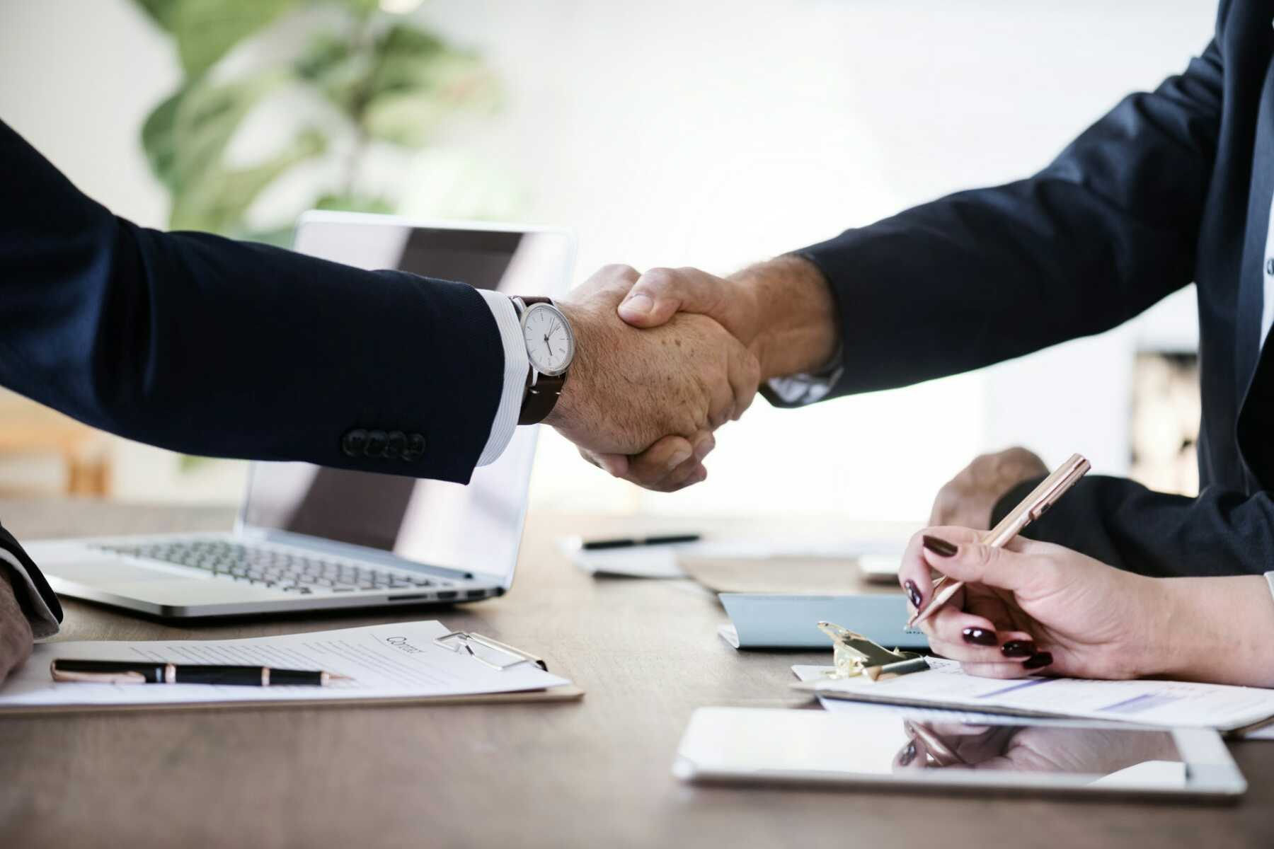 How to Handle Money Matters with Your Business Partners?